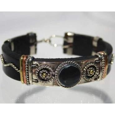 Bracelet cuir et pierre onyx.