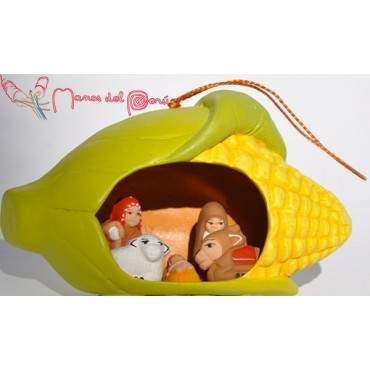 Crèche dans un épi de maïs