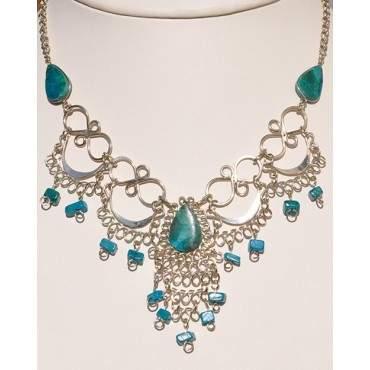 Authentique collier des Andes turquoise du Pérou