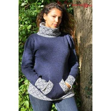 Pull col montant bleu