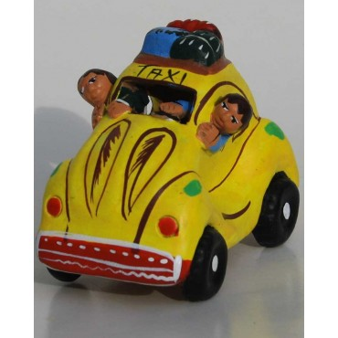 Taxi de la cordillère des Andes jaune