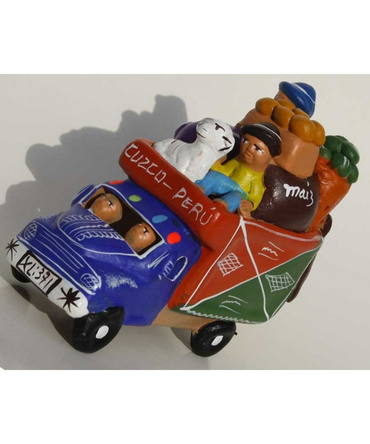 Camion péruvien bleu