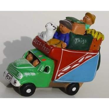 Camion péruvien vert