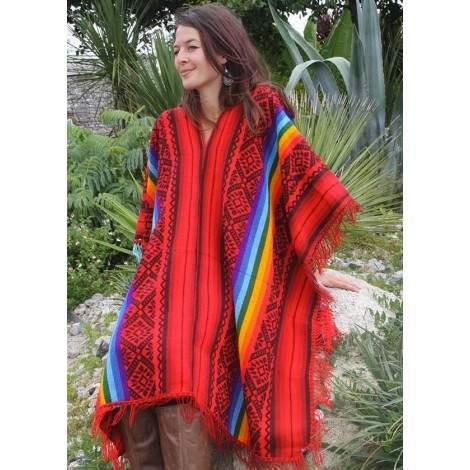 Le traditionnel poncho inca