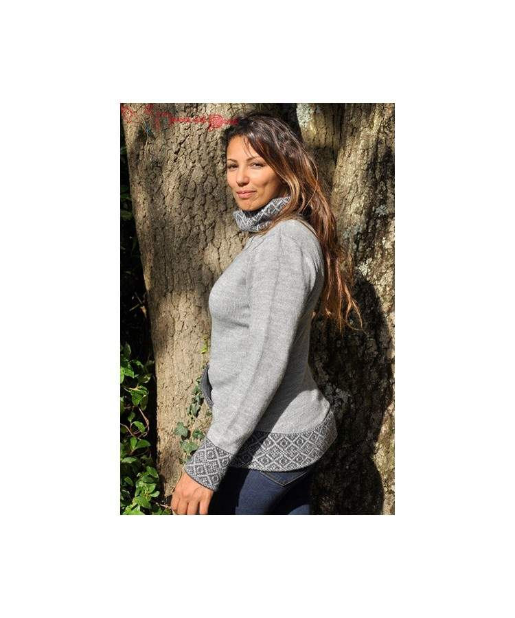 Pull col montant gris